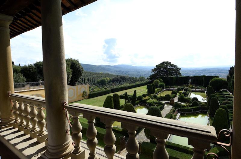 Dai giardini di palazzo farnese a caprarola alla gamberaia di firenze tusciaup - I giardini di palazzo rucellai a firenze ...