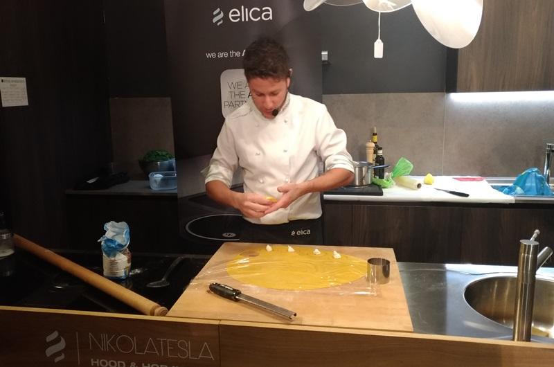 Showcooking con lo chef simone finetti da ethos for Ethos arredamenti