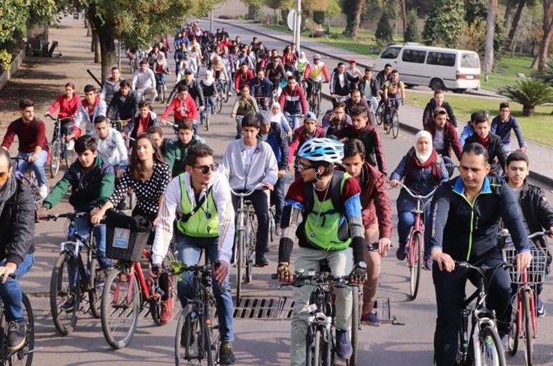 Siria La Rivoluzione Pacifica Delle Donne In Bicicletta Tusciaup